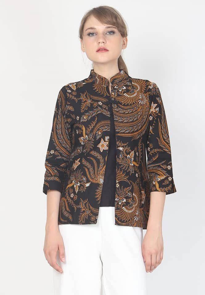 77 Model Desain Baju Batik Wanita