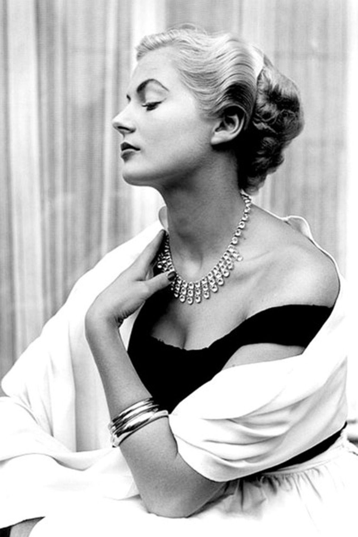 50s vogue waves and curls. | Vintage Bridal Hair | Pinterest | 1950s ...
