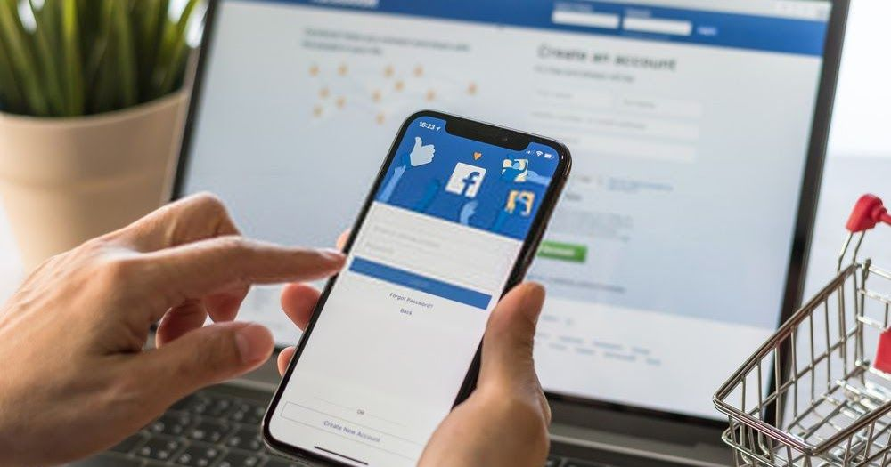 يوجد الكثير من الأمور التي قد تفقدك حسابك الشخصي على الفيس بوك مثل تهكير أحدهم لحسابك أوالقيام بخرق معايير Facebook Engagement Find Your Friends Business Pages