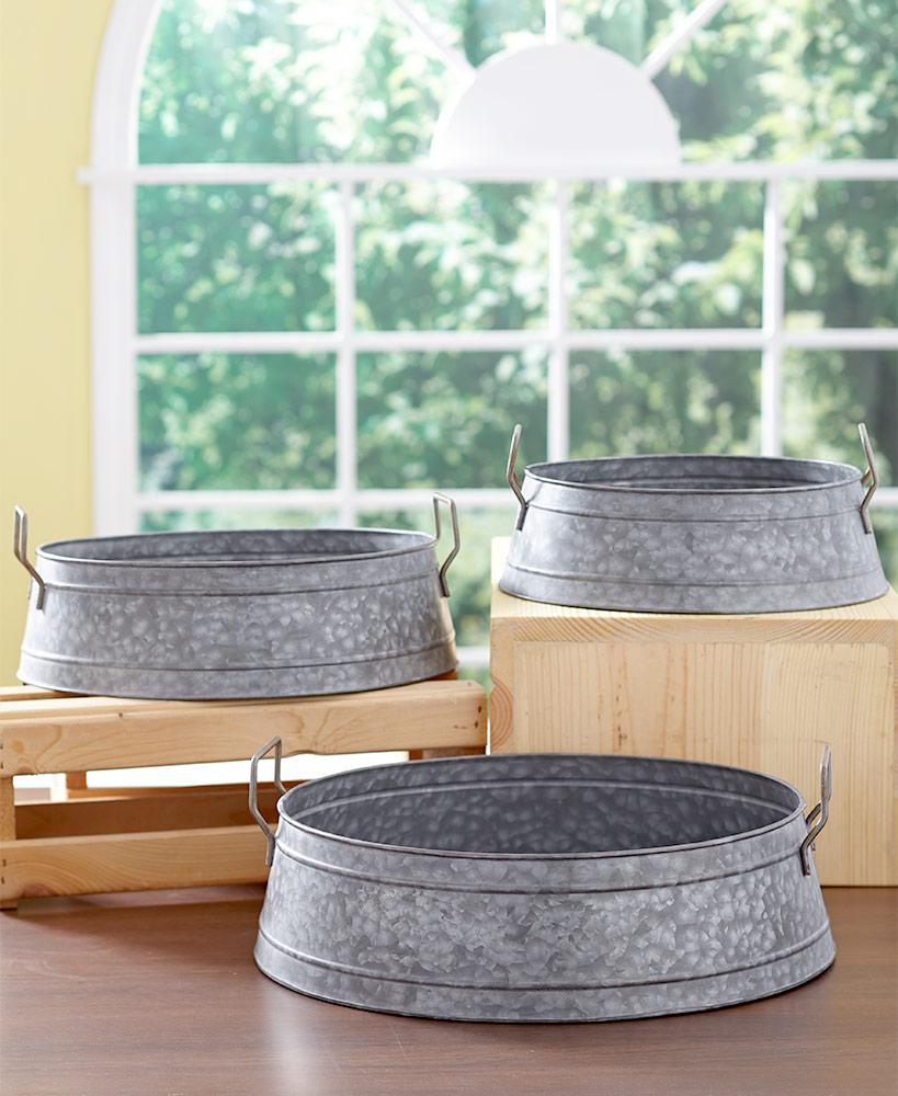 Set of 3 Galvanized Metal Buckets in 2020 Metal bucket