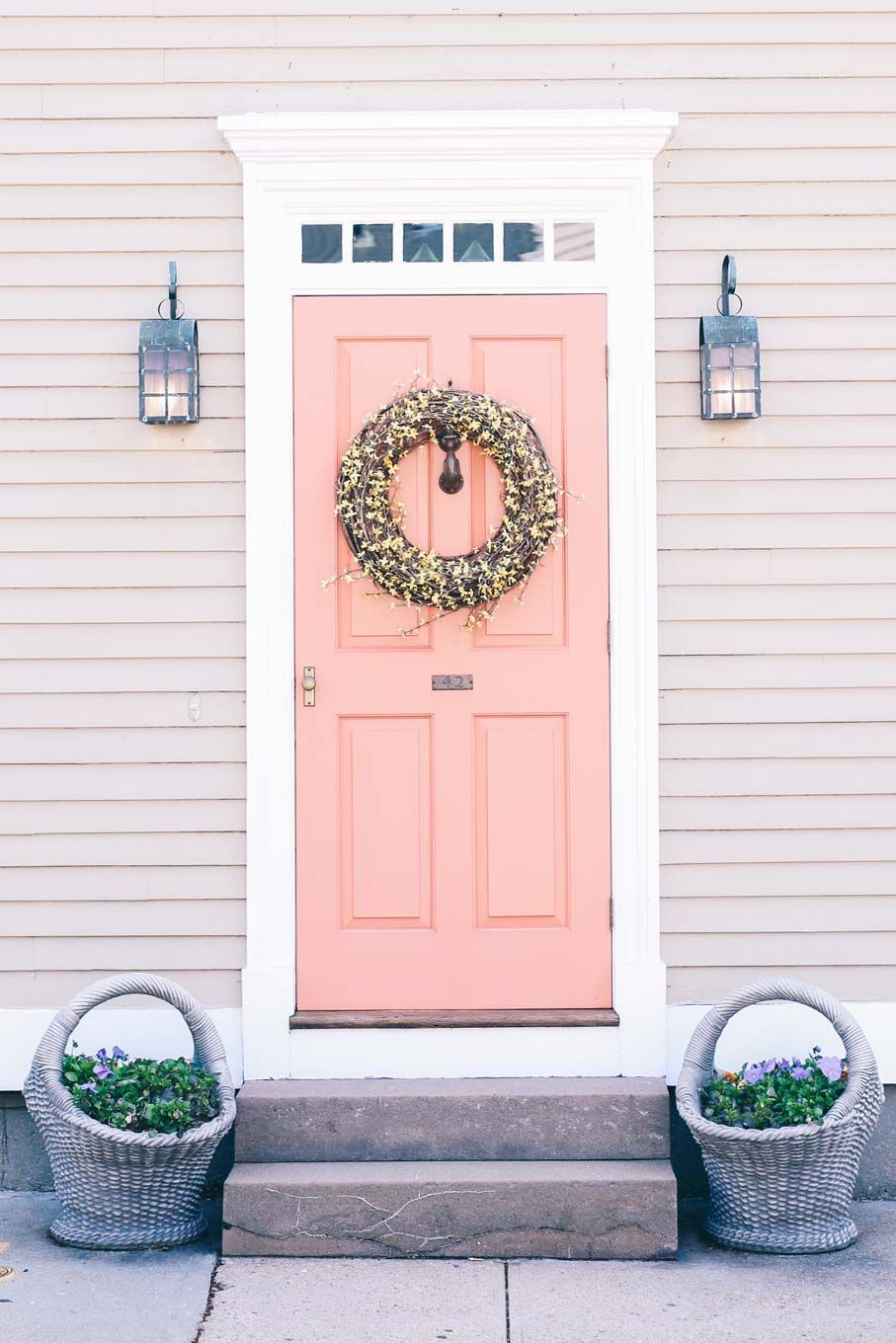 9 of the Best Paint Colors for Front Doors in 2018 | Paint Colors ...