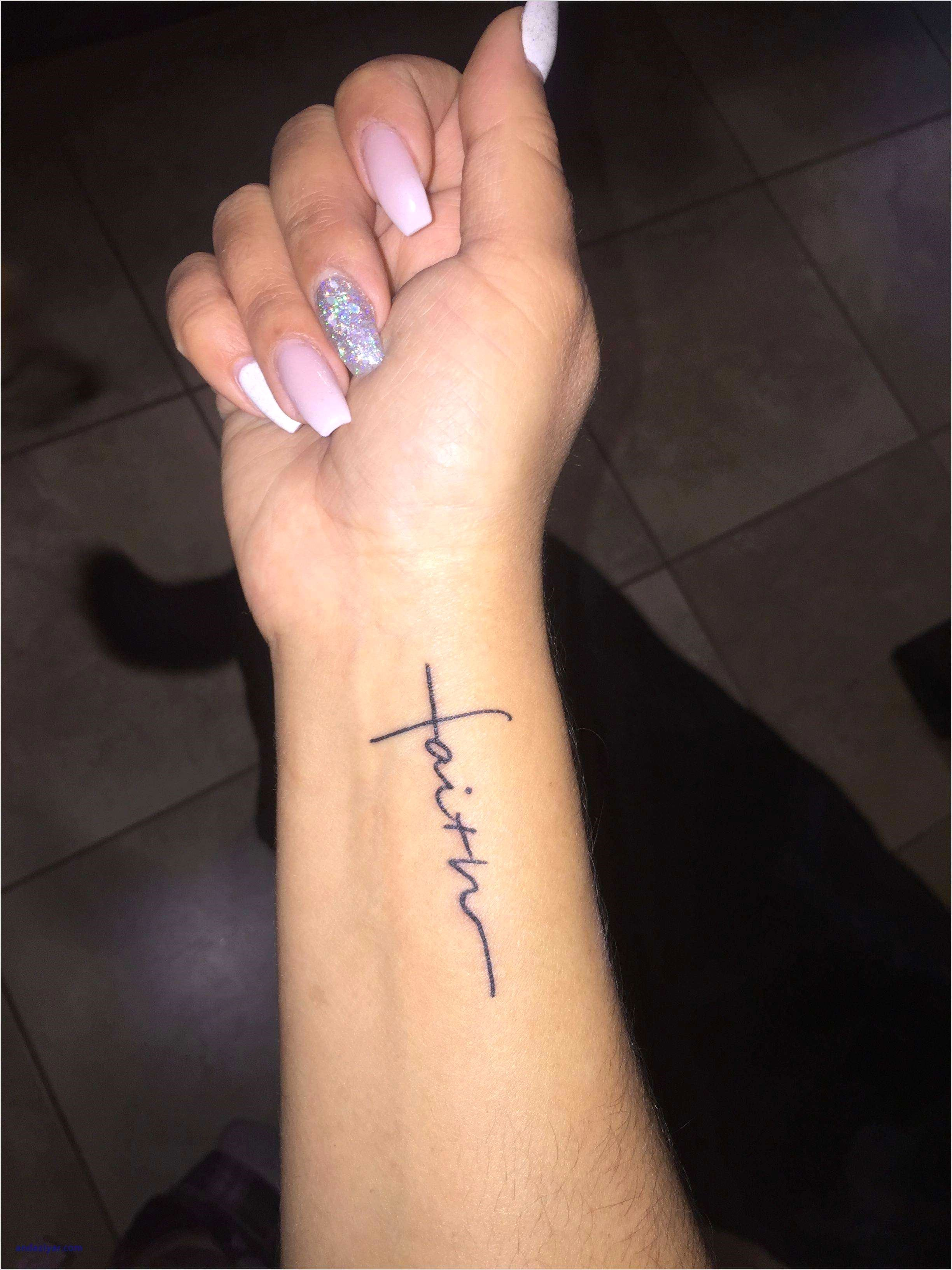 Side Wrist Name Tattoos : wrist, tattoos, Wrist, Tattoos, Trick, Trendy, Tattoos,, Women,, Women, Small