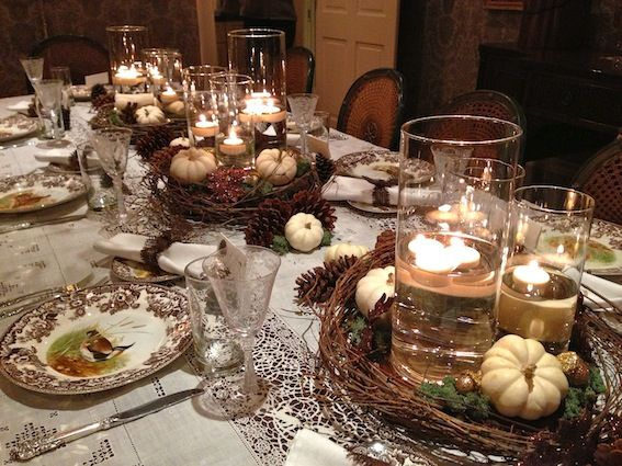 Rustic elegant thanksgiving tablescape pine cones white for Elegant table setting for thanksgiving