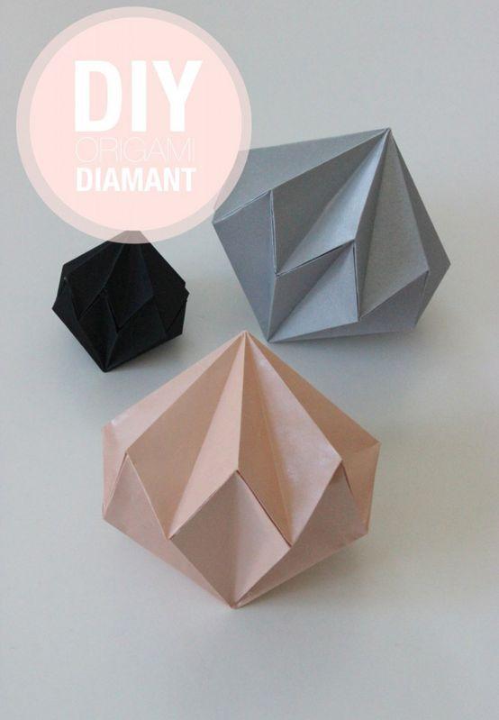 Fold en julediamant af papir