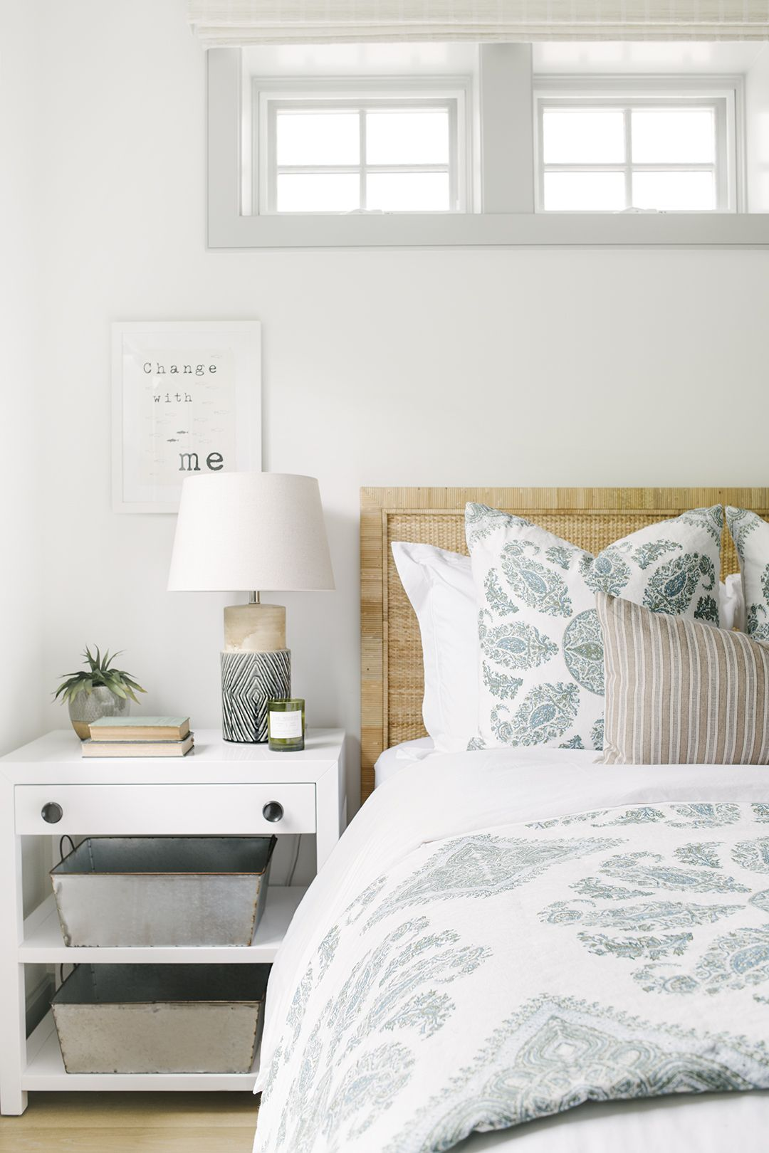 Interior Design Of Guest Room: Traditional Beach Guest Room