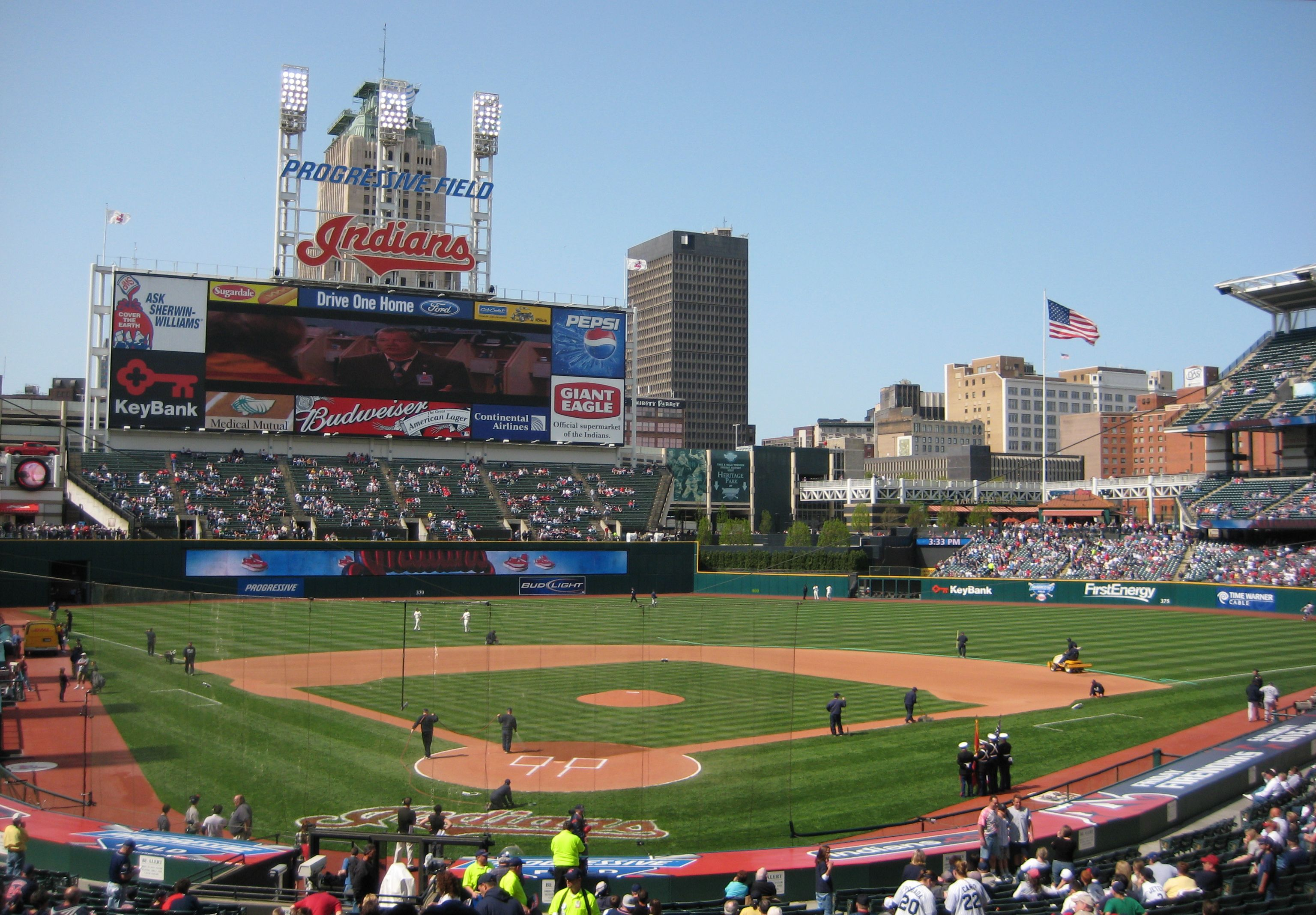 Progressive Field Aka The Jake Home Of The Hapless Cleveland Indians With Images Cleveland Baseball Park Sports Stadium