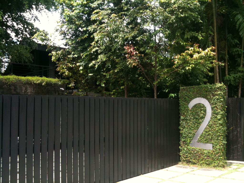 Build Your House Number Into Your Garden Hedge