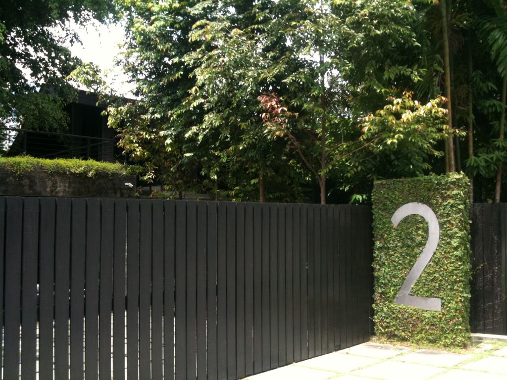 More Black Fence Black Garden Fence Fence Design 400 x 300