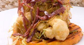 Coliflor con calabaza asada y puerro frito