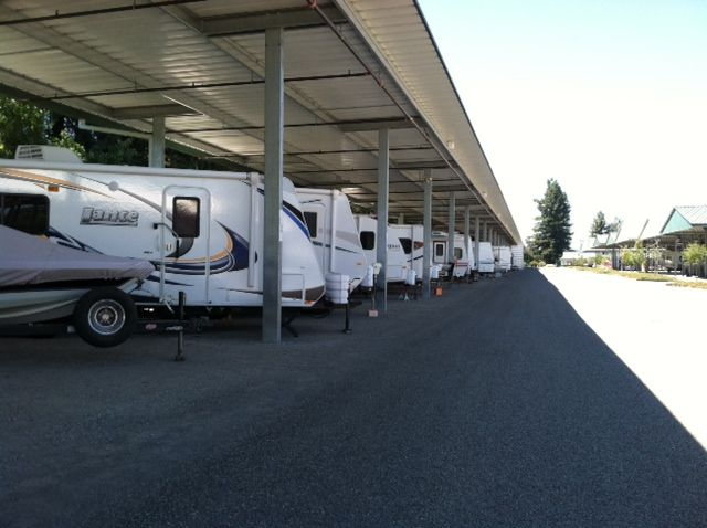 Mcbride S Rv Storage Offers The Best Affordable Rv Parking Solutions Customers Enjoy Cost Saving Amenities And Love That Rv Storage Boat Storage Best Trailers