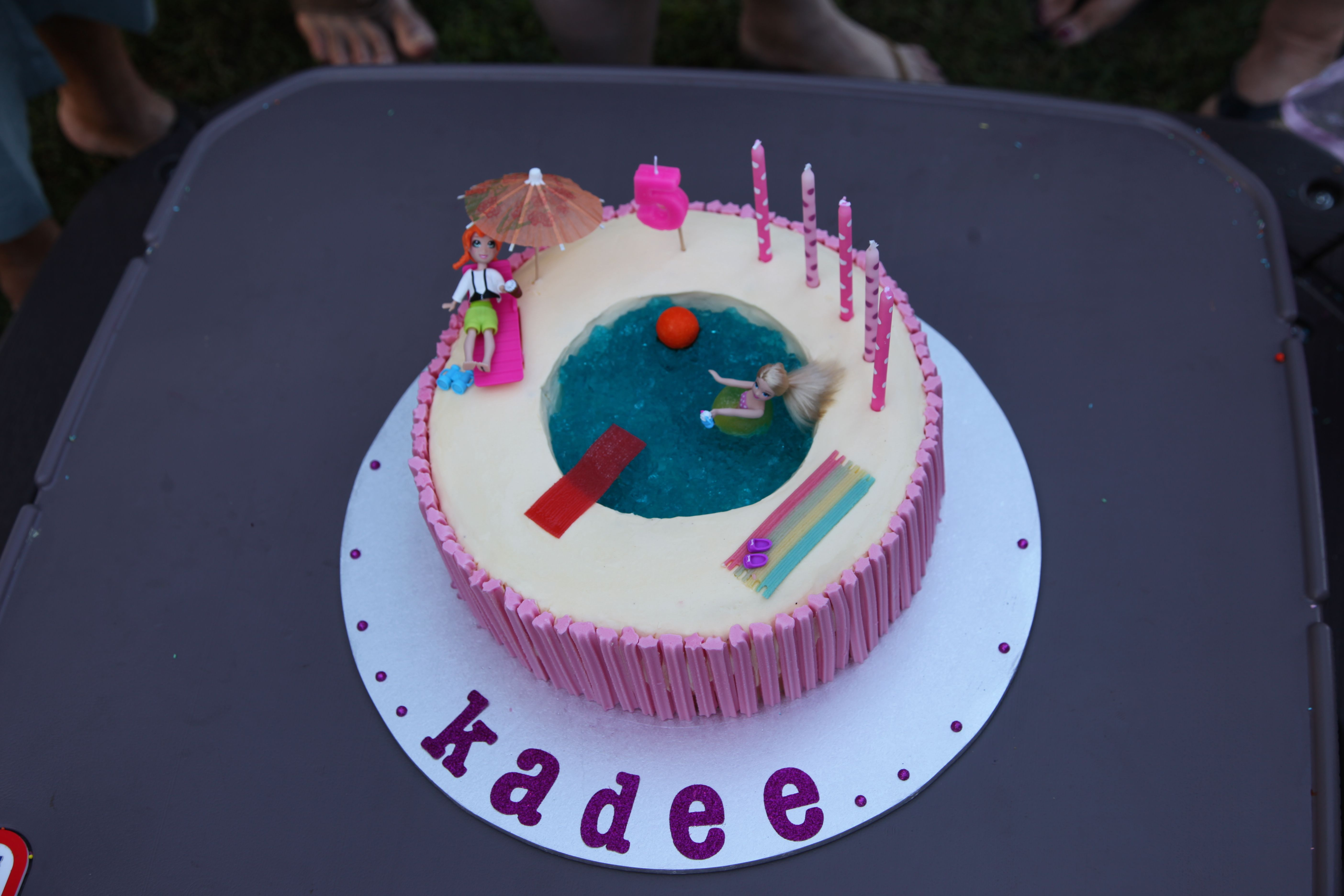The Jelly Swimming Pool Cake This Is One Of My Fave Cakes Ever It Was Really Simple To Make