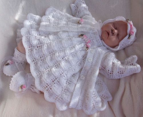 Knitting Pattern To Make Clover 4 Piece Matinee Set For Baby Or