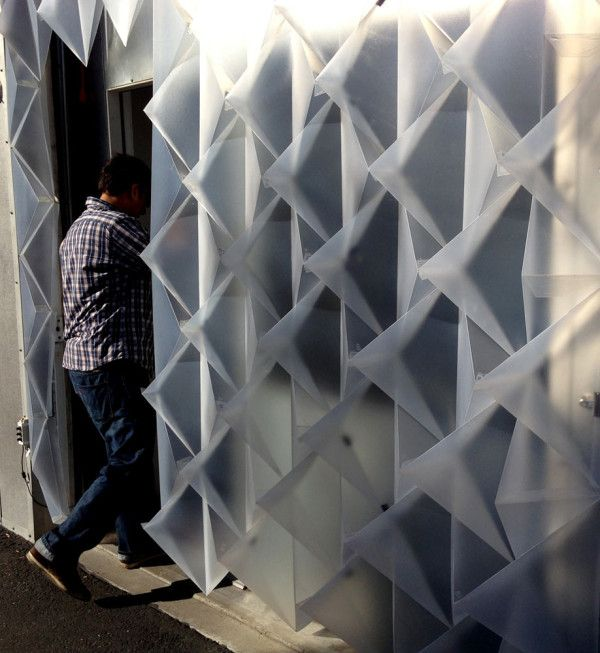 Romy Randev has designed a piece of temporary architecture for the Berkeley-based contemporary lighting studio. It achieves a glowing geometric surface ... & An Interactive Temporary Building Façade by Mahsa Vanaki Caroline ... azcodes.com