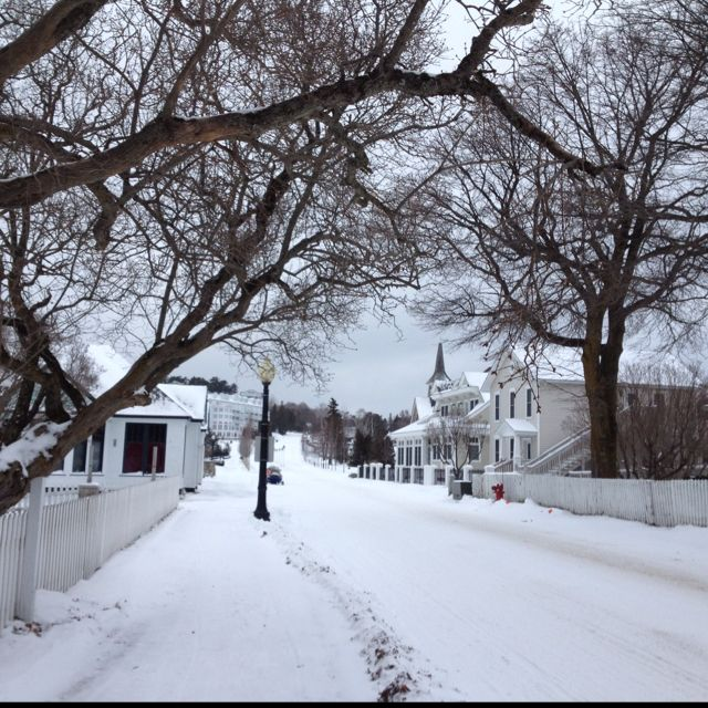 Cadotte Avenue Mackinac Island Winter Mackinac Island Cool Places To Visit Places To Go