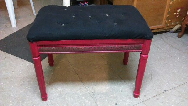 Old end table repurposed into a red bench with a black tufted seat!!