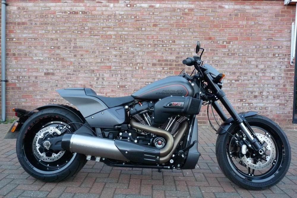 eBay: Harley-Davidson FXDR 114 Industrial Grey Denim Ex-Demo ukdeals