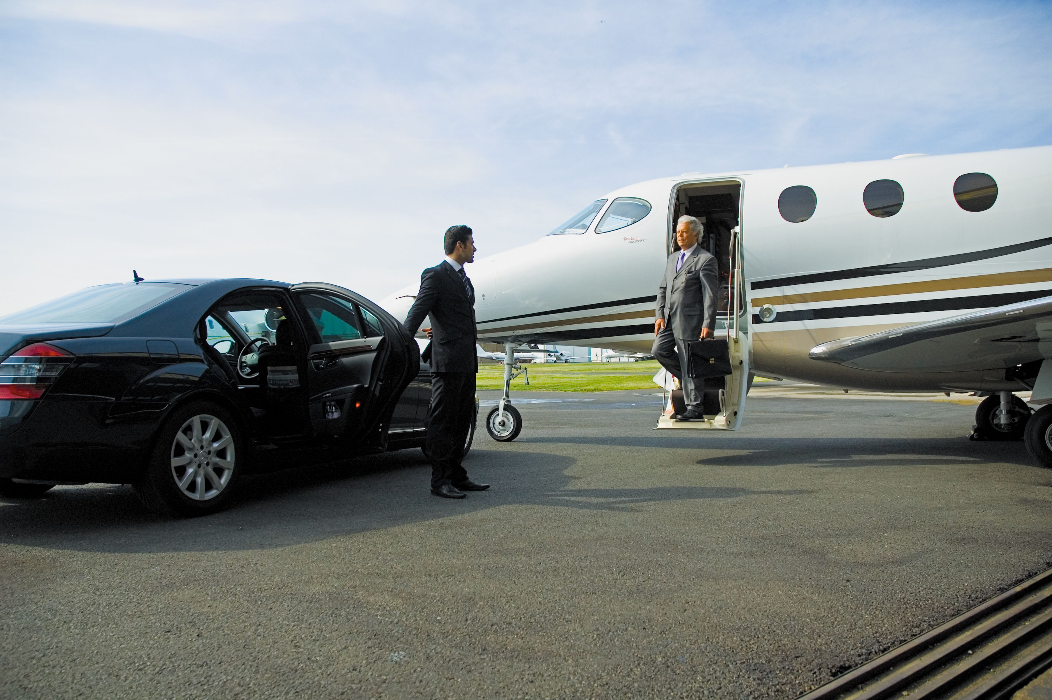 Are You Planning To Hire A Reliable Transportation Service To