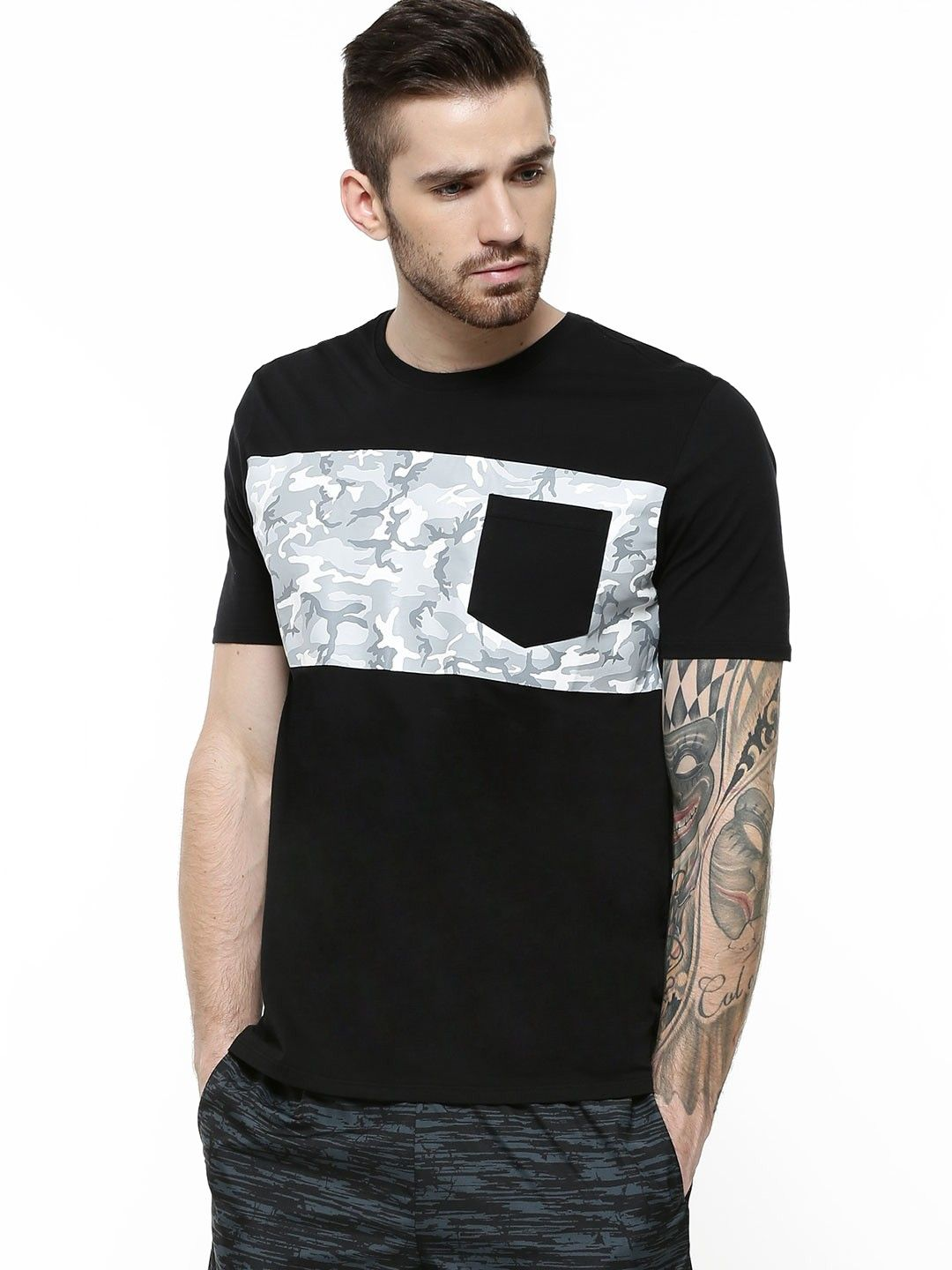 Black t shirt buy online - Nike Skateboarding Camo Pocket T Shirt Buy Men S Tee Shirts Online In India