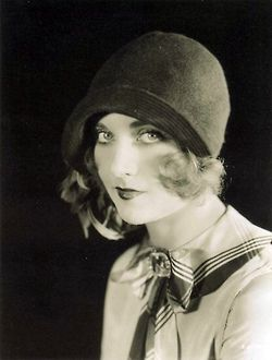 flapper cloche hat girl