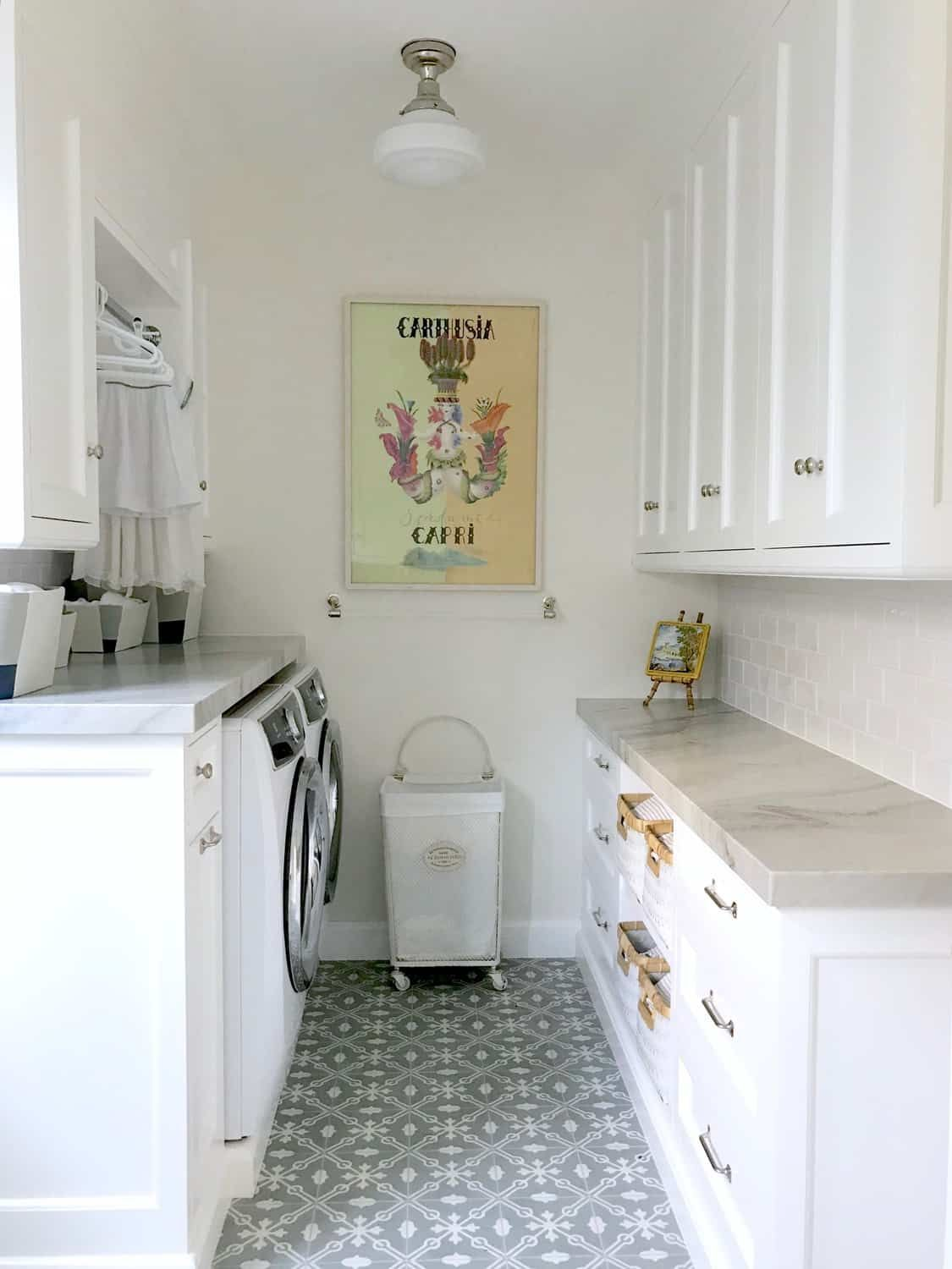 Five Ways To Create A Beautiful Classic Laundry Room Classic Casual Home L Laundry Room Storage Small Laundry Room Organization Laundry Room Storage Shelves