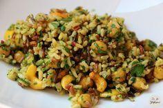 Gourmand riz sauvage aux épices, pois chiches, noix de cajou et oignons grillés