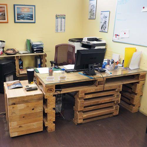 Arredamento in pallet mobili con bancali riciclati for Pallet arredamento