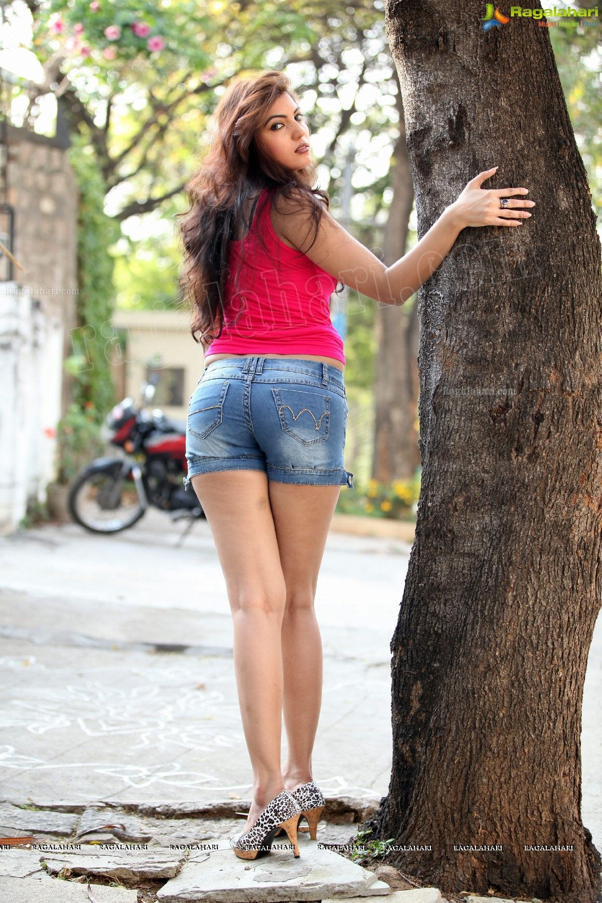 Desi teens jeans ass pics sorry, does