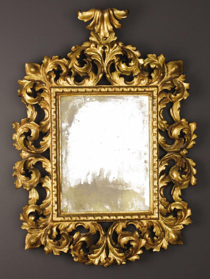 espejo italiano de estilo barroco tallado de madera dorada