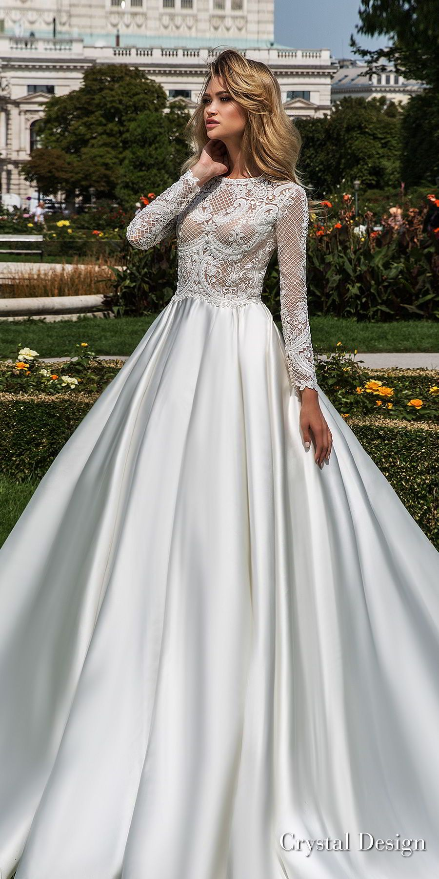 Crystal design wedding dresses u ucroyal gardenud u haute couture