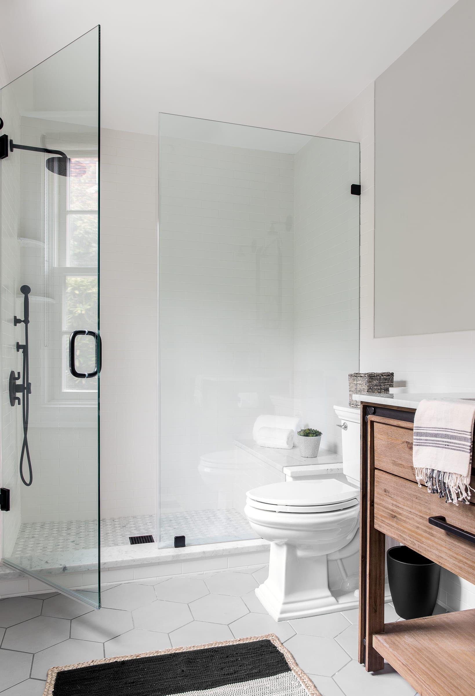 Shiplap Rules In This Port Washington Farmhouse By Designer Becky Shea Home Renovation Modern Bathroom Home Improvement Loans