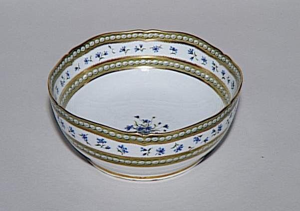 Bowl From Marie Antoinette S Famous Sevres Porcelain Cornflower Pearl Dinner Service Was Favourite Flower