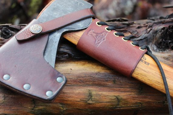 Handmade Small Forest Ax Collar In Leather With Celtic -8310
