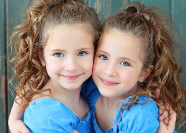 Identical Twins En Double En Triple Etc Pinterest