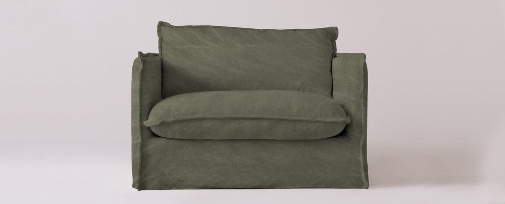 The Fluffiest Comfiest Wow This Is Soft Sofa For The
