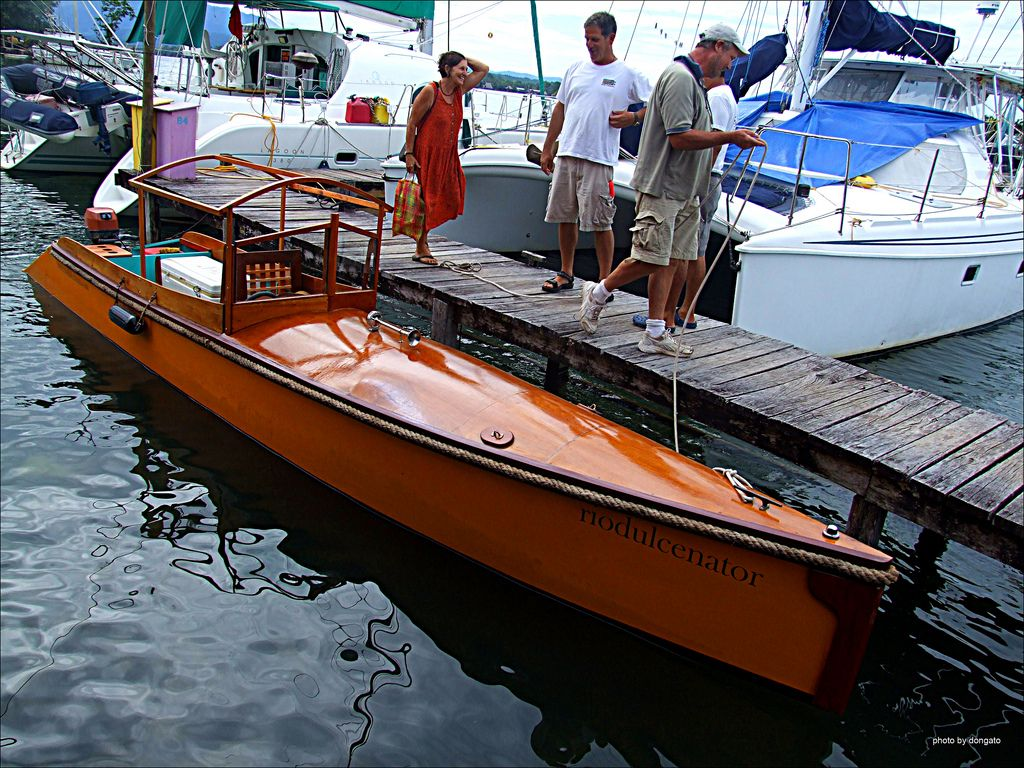 Related image | Boats Classic Motor | Wood boats, Boat, Classic wooden boats