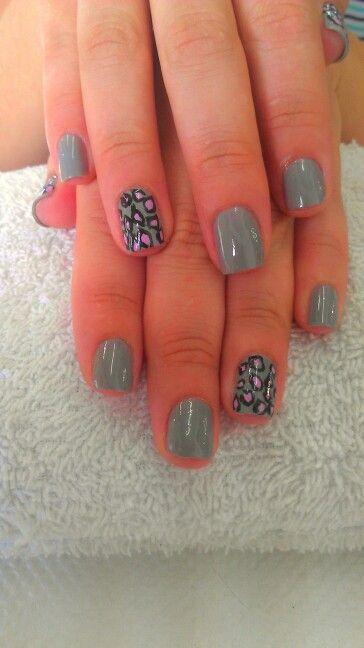 Viruses nails