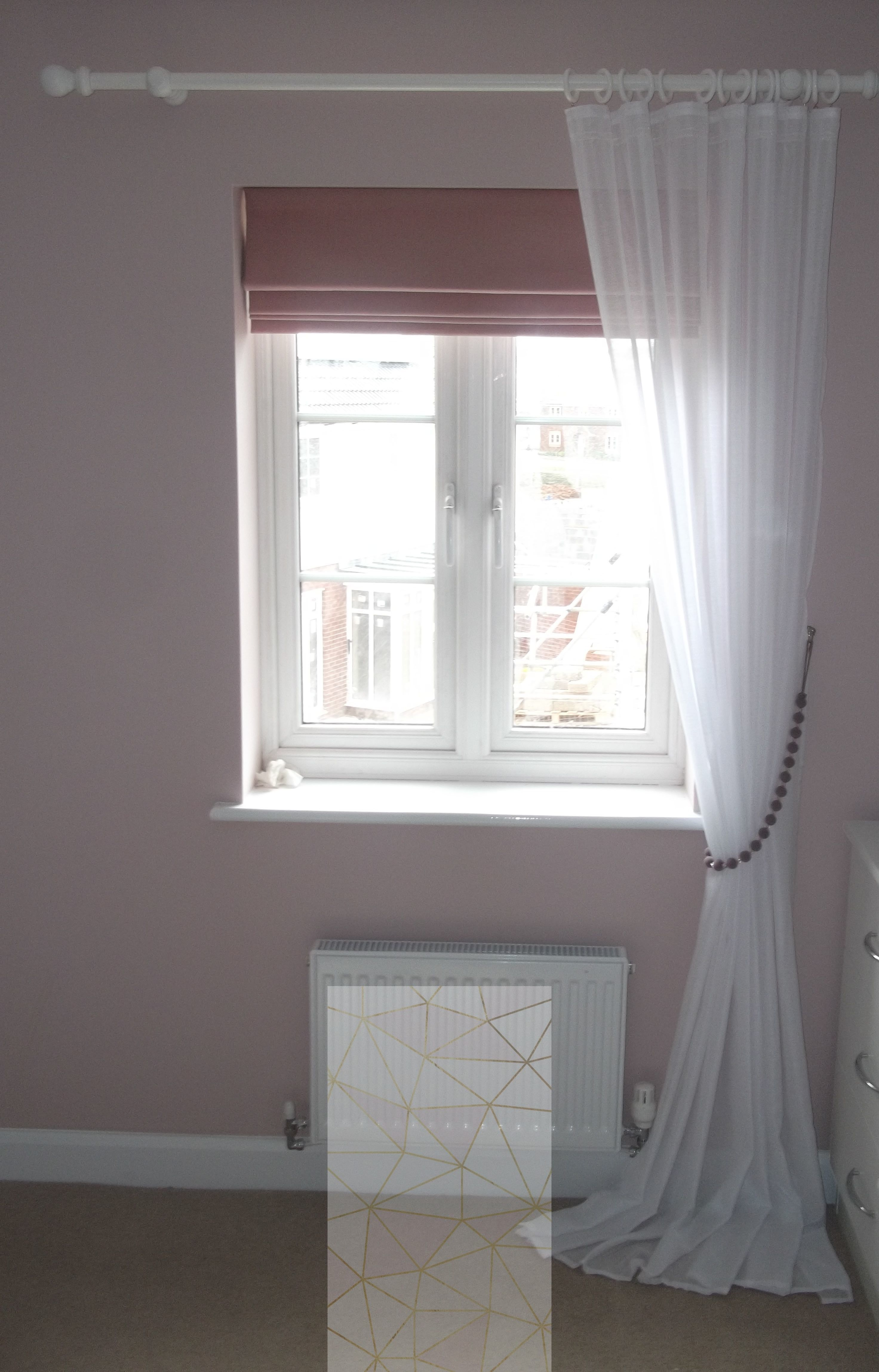 how to close blinds for privacy