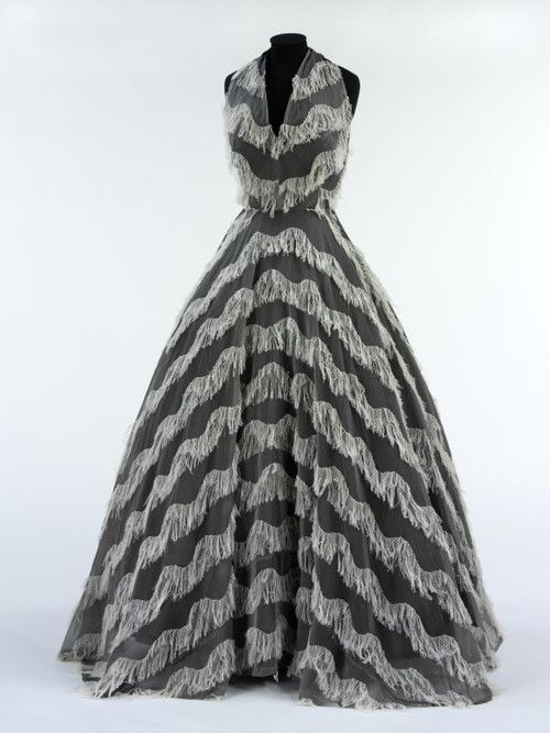 Evening Dress    Jacques Griffe, 1951    The Victoria & Albert Museum