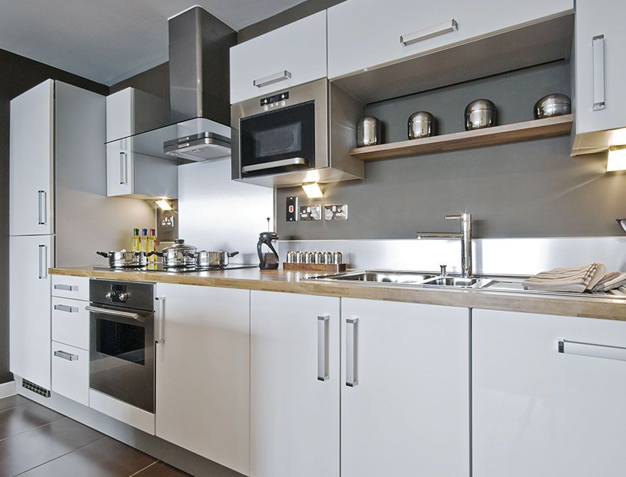 Fabuwood Cabinets For A Fabulous Kitchen Update Yours With Style Kitchen Layout White Kitchen Interior Design White Kitchen Interior