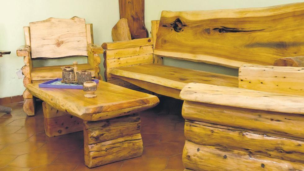Im genes de muebles r sticos im genes tronquito for Muebles rusticos de madera