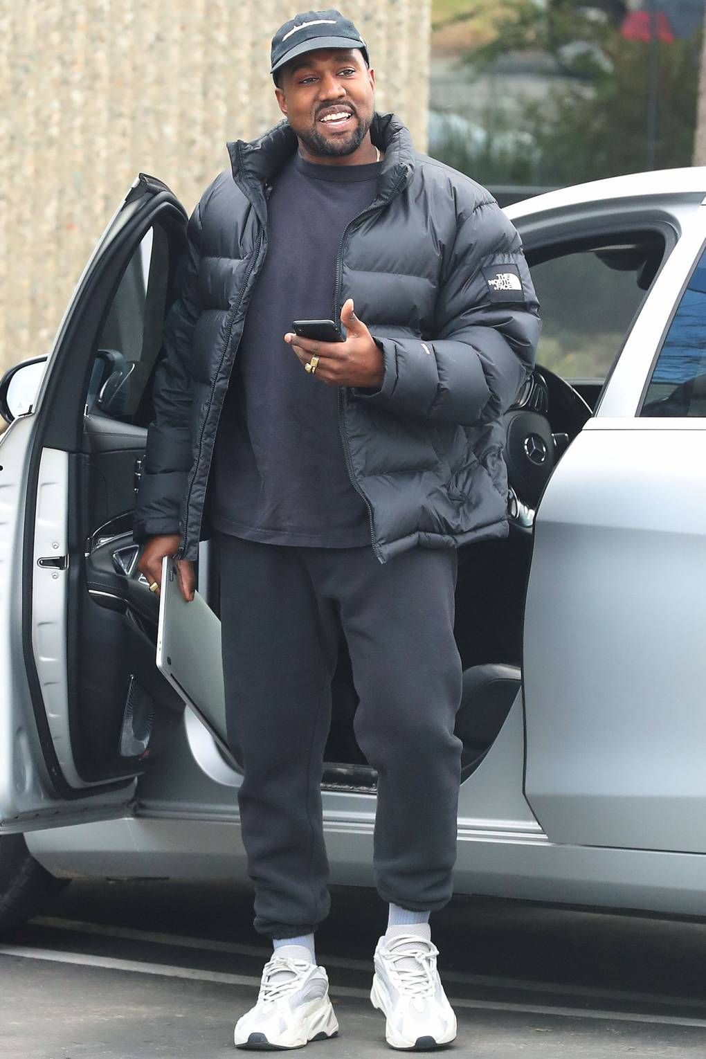 7b4acd2d58145 Kanye West x North Face