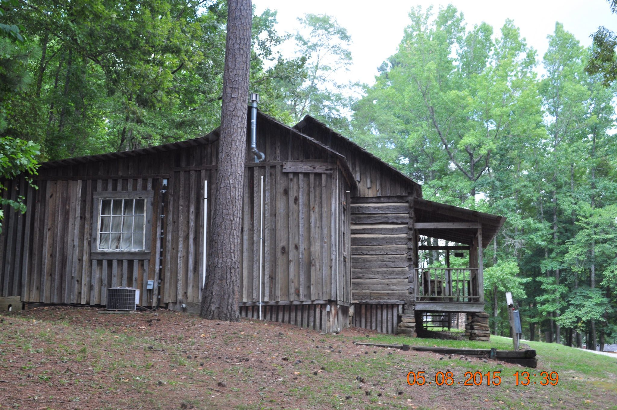 secluded kentucky al home for cabins homes clinton in sale ky search country county albany perfectly log alabama