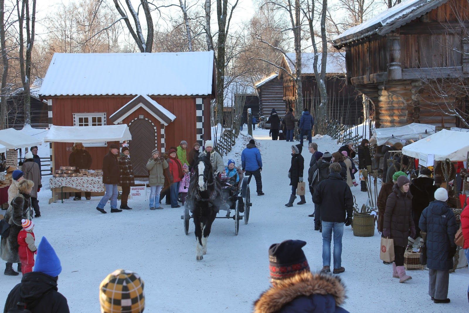 Norwegian Christmas Traditions: Christmas market at Norsk ...