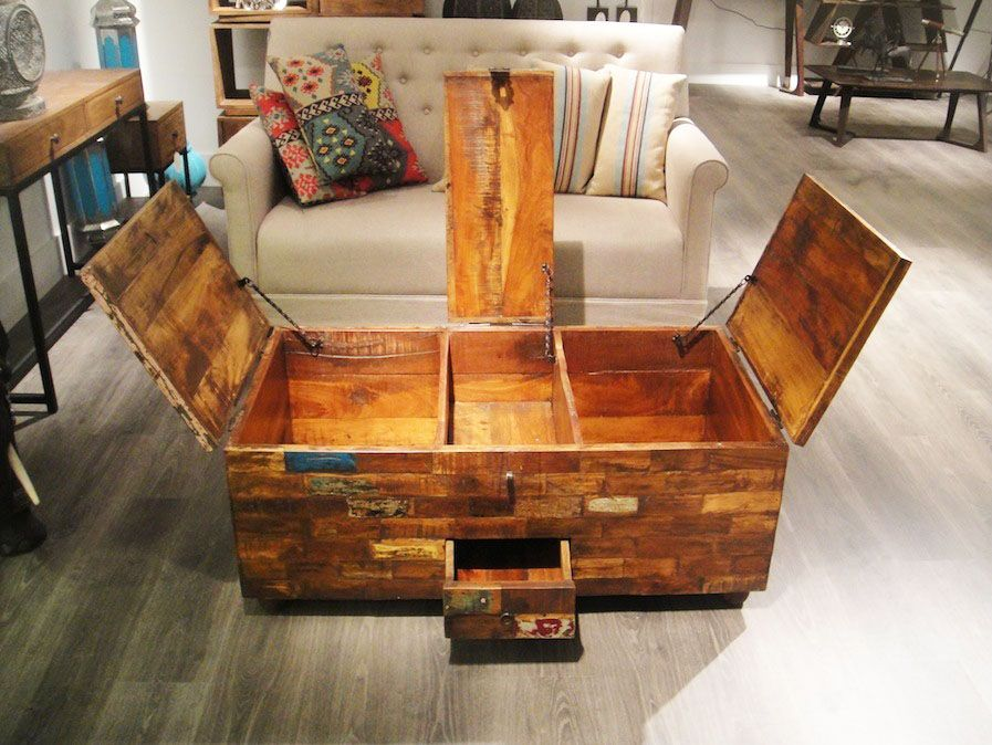 Unique DIY Coffee Table Ideas That Offer Ceative Style And Storage. #diy  #coffeetable #withstorage #coffelovers #designideas