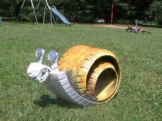 Tyre snails