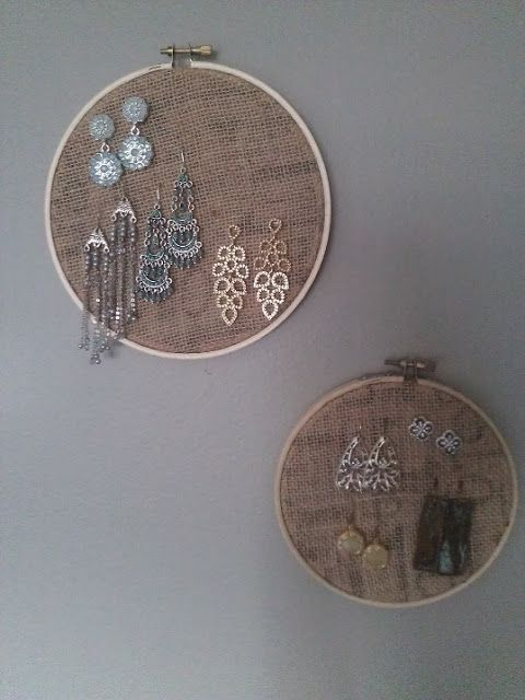 DIY earring holder. Switch to the frame and add buttons for earrings ...