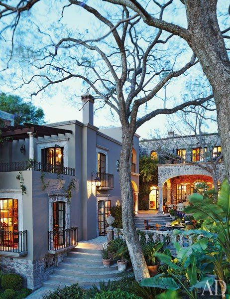 Andrew Fisher and Jeffry Weisman's home in San Miguel de Allende, Mexico, a former tannery built in the 18th century : Architectural Digest