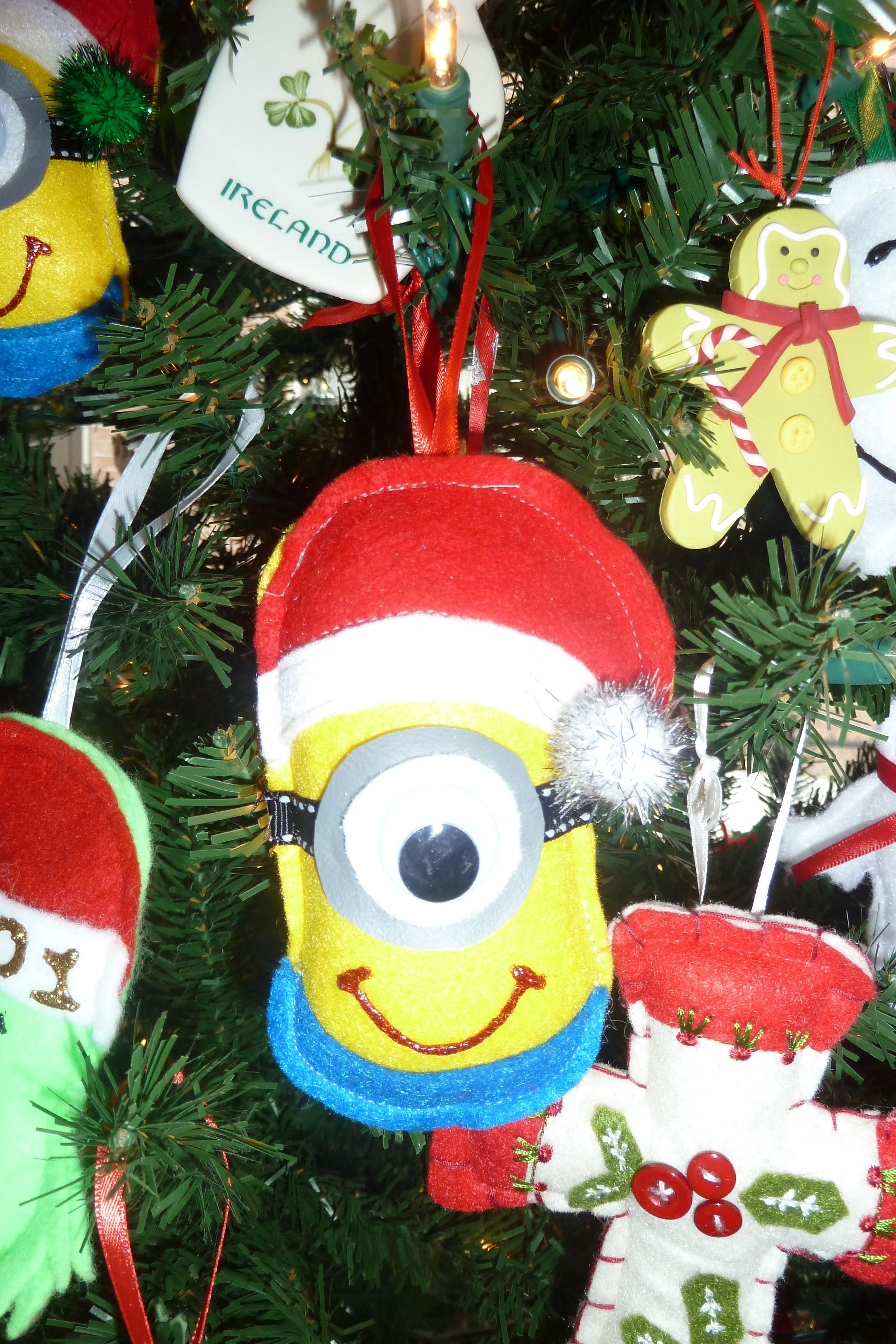 minion christmas ornament