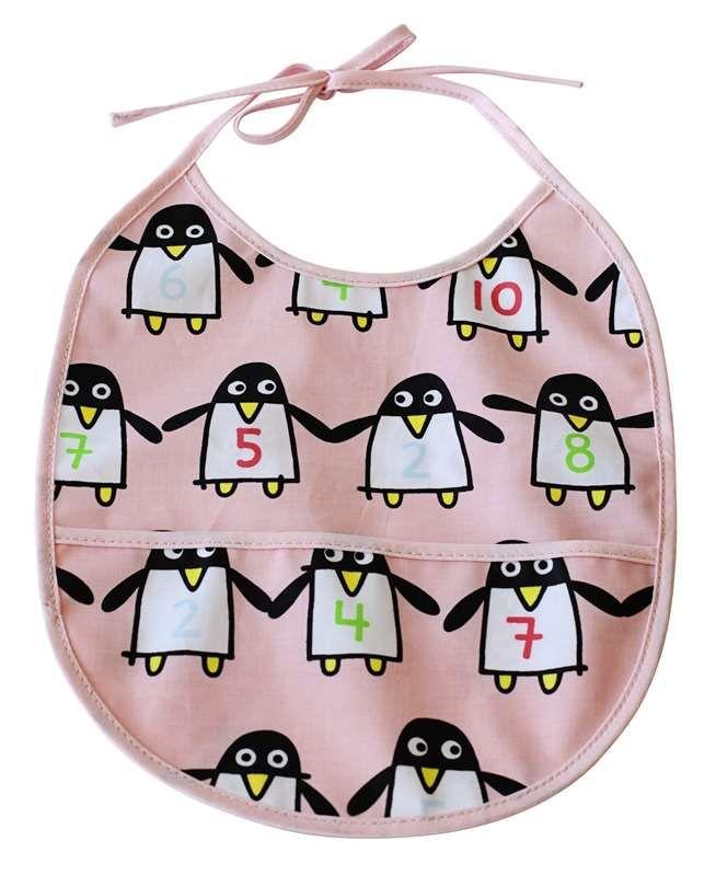 Färg & Form, Ruokalappu, Penguin Pals, Vaaleanpunainen