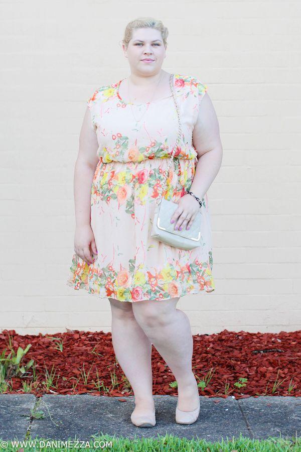 20f8525451 Danimezza Aussie Curves Plus Size Fashion Blogger Outfit curvy australian  Floral pale blonde nude kmart modcloth Yellow-2
